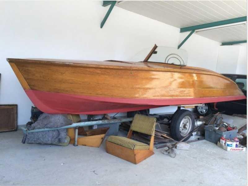 gentlemansboat.JPG