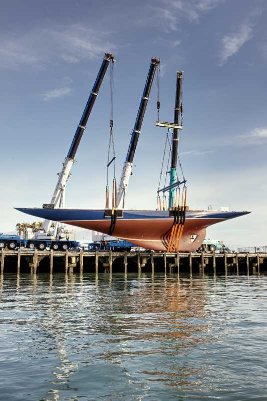 Classic-j-Class-sailing-yacht-Endeavour-launched-after-refit-2.jpg