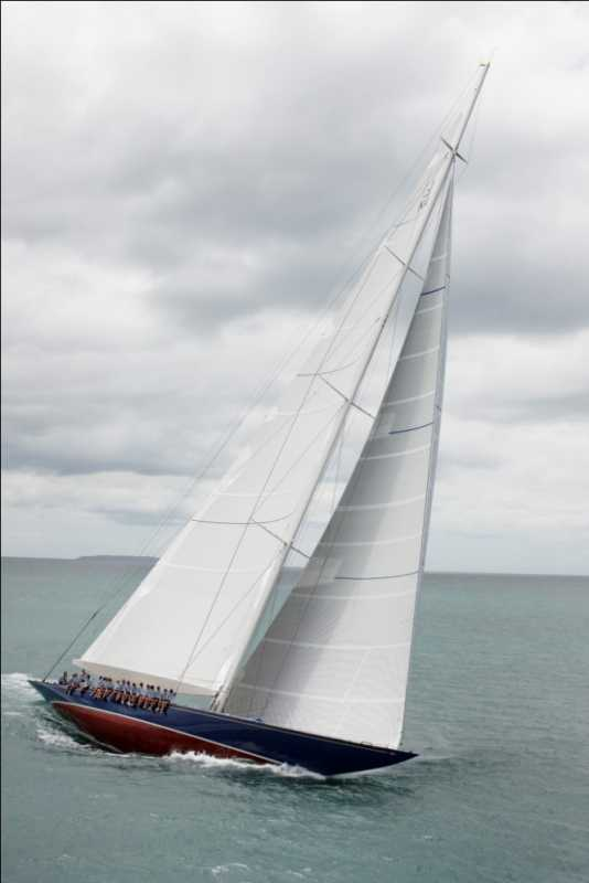 Classic-sailing-yacht-Endeavour-refitted-by-Yachitng-Developments-during-sea-trials-665x997.jpg